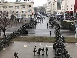 День Воли в Минске без лидеров оппозиции закончился задержаниями всех подряд