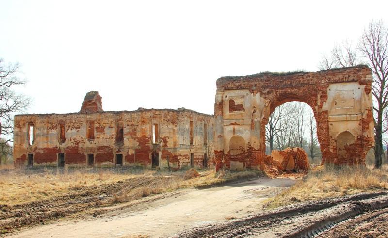 Под Лидой хотят снести строение Радзивиллов XVIII века