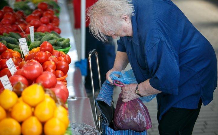 В Беларуси с 1 августа повысят трудовые пенсии