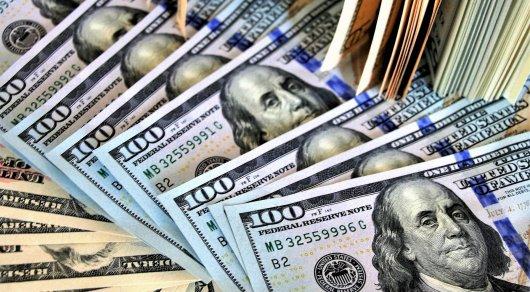 В Минске уборщица нашла в мусорке 5,4 тыс. долларов