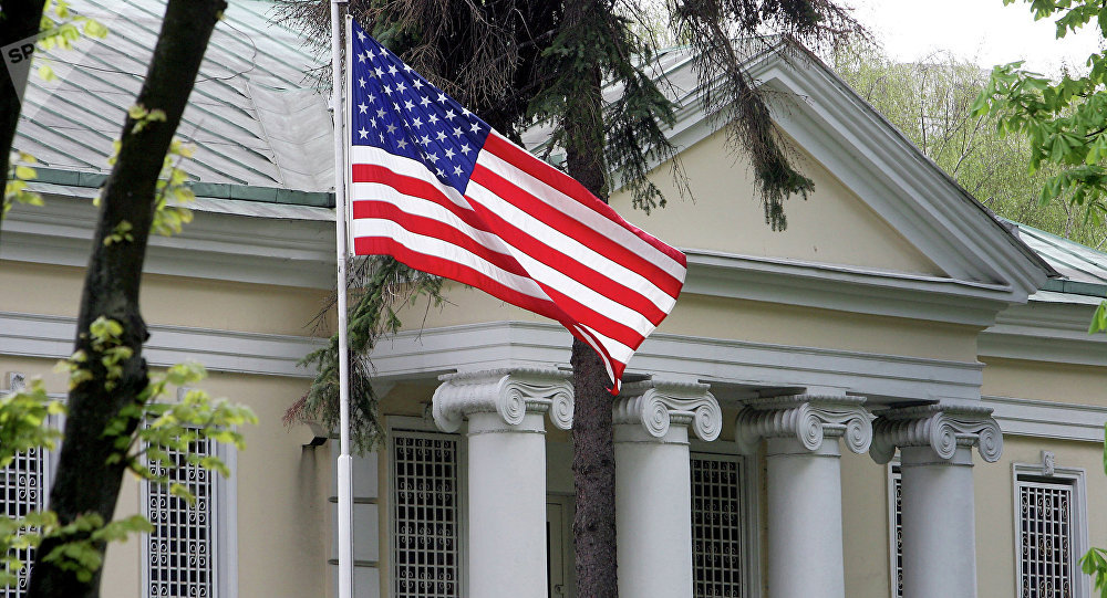 Беларусь отменила ограничения на число дипломатов США в стране
