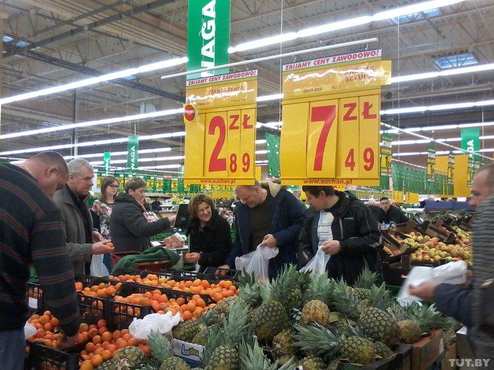В 2018 году белорусы оставили в польских магазинах почти 165 млн. долларов