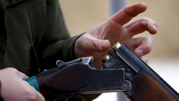 В деревне под Гродно мужчина расстрелял дом бывшей жены и застрелился