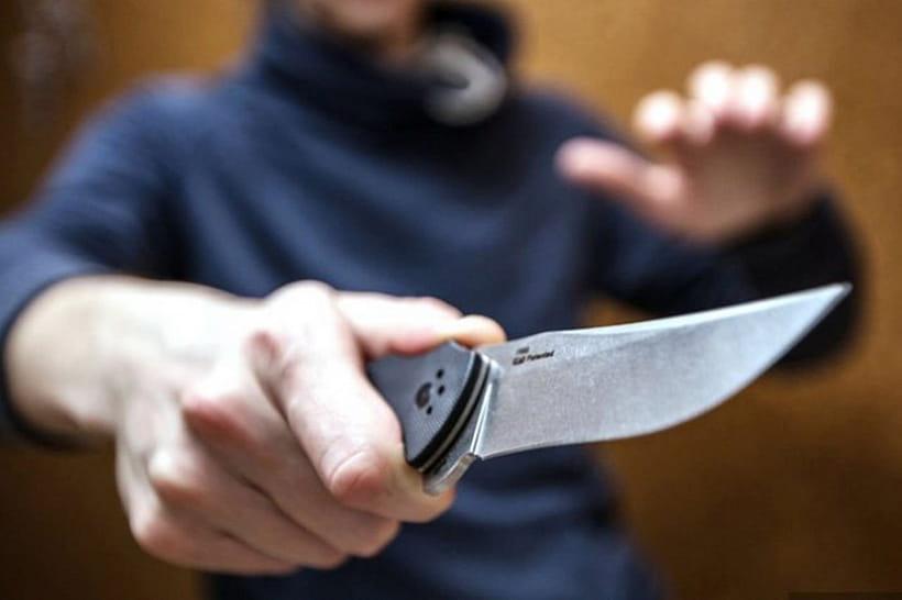 В Лидском районе работник пырнул предпринимателя ножом