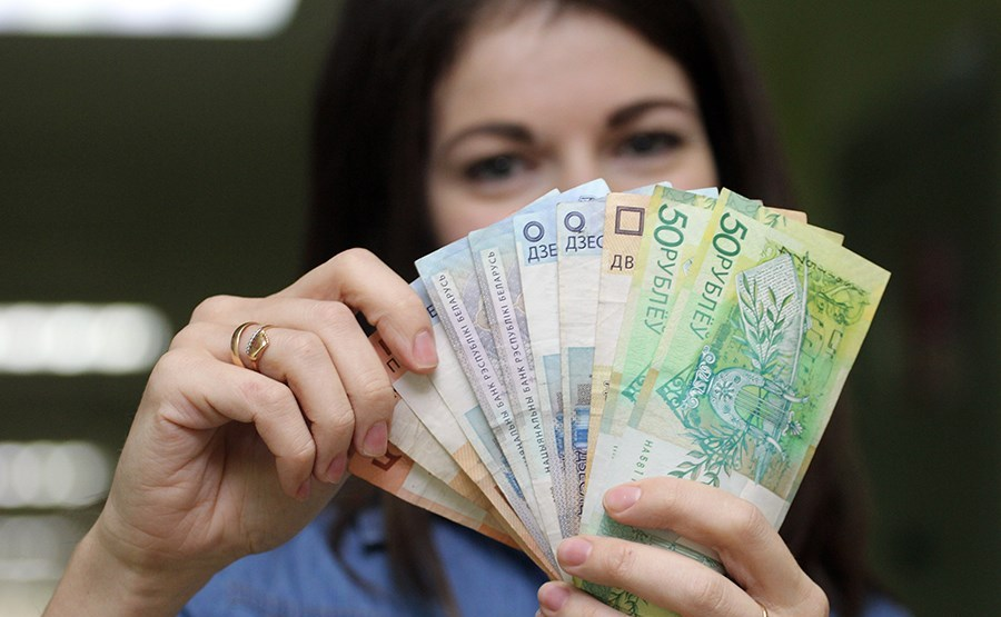 В Беларуси для медиков изменится схема оплаты труда