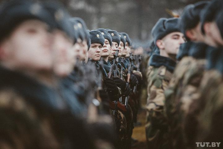 В Беларуси подсчитали, скольких студентов и магистрантов коснется «закон об отсрочке»