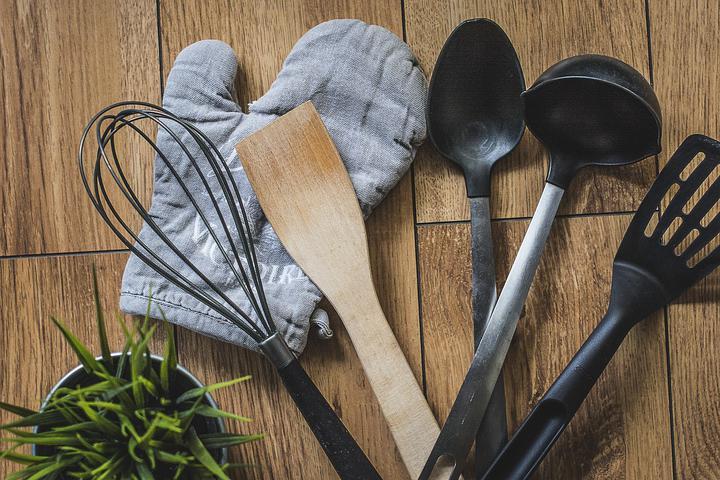 В Беларуси введут запрет на пластиковую посуду в заведениях общепита
