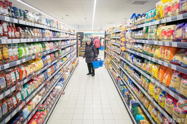 В Беларуси разбираются, почему рванули цены насахар, мясо, молоко икак ихудержать