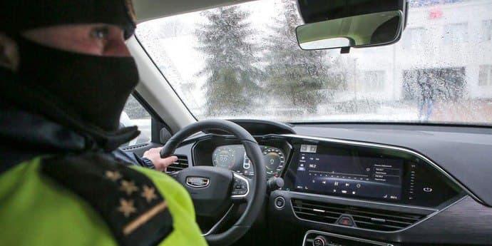 В Беларуси сотрудники ГАИ смогут запрещать съёмку в любой момент и проводить досмотр ТС?