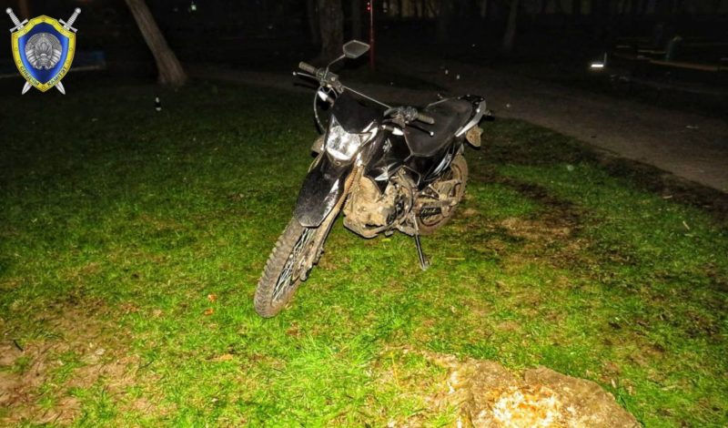 В Лиде будут судить мотоциклиста, который пьяным, уходя от ГАИ, наехал на ребенка
