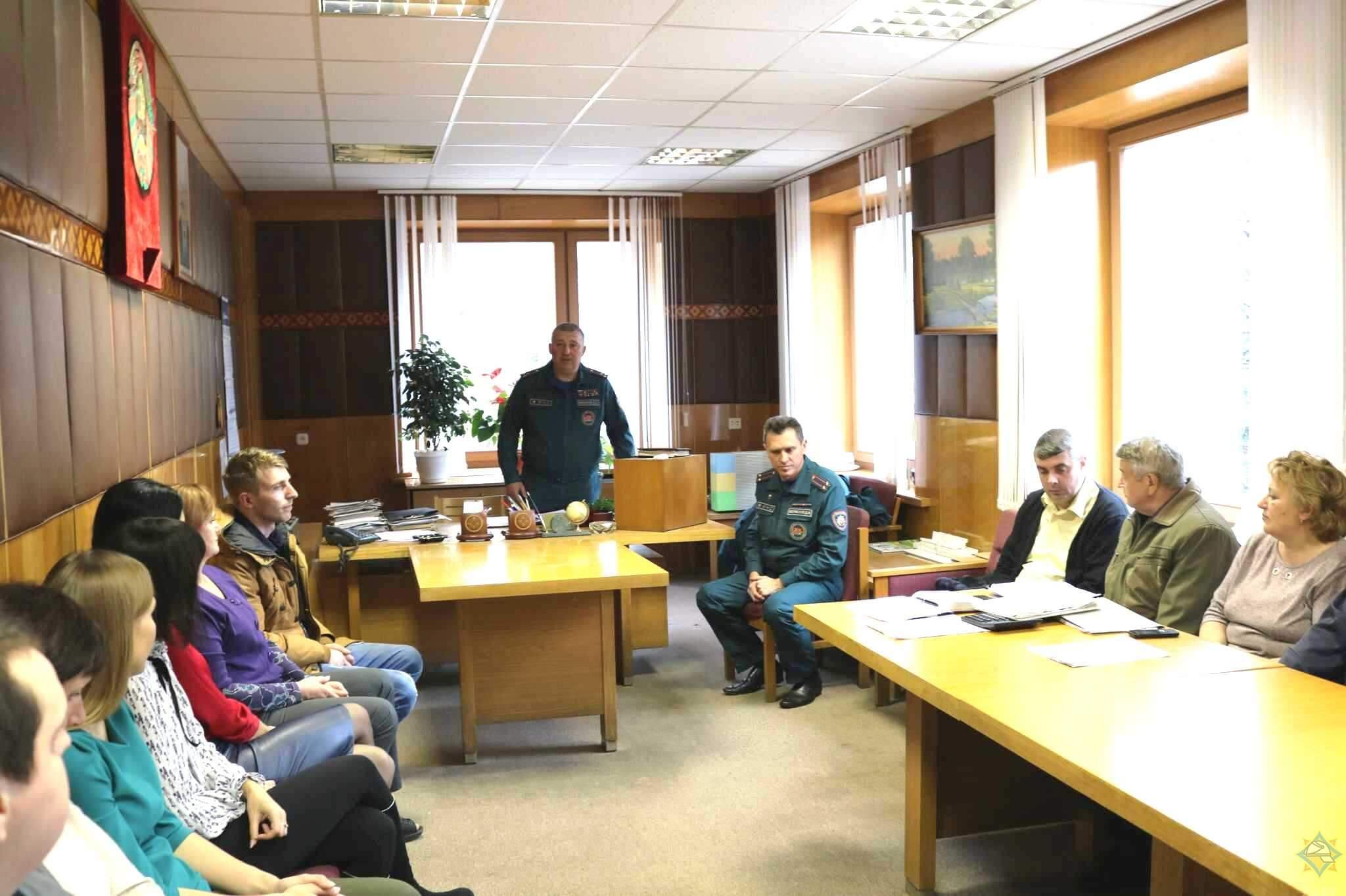 Начальник Гродненского областного управления МЧС посетил Лиду
