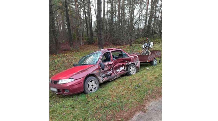 Возле Лиды фура столкнулась с легковой машиной