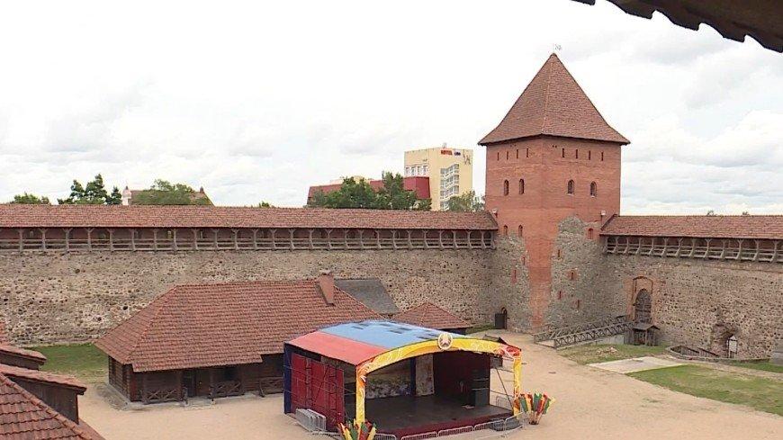 В Лидском замке для туристов вновь открыли башню Гедимина